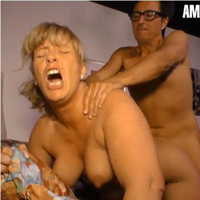 HD pornó videók - MILF szex